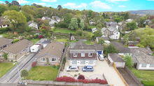 £400,000 - 4 Bedroom Detached Dormer BungalowFor Sale in Tavistock area – click for details