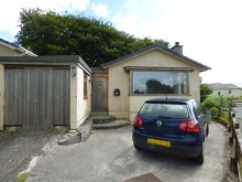 Spacious three bedroom detached bungalow set at the head of a quiet cul-de-sac...